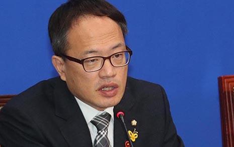 """법사위원장 향해 박주민 """"법관탄핵이 소수 의견?"""""""
