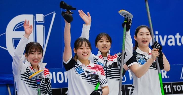 컬링 리틀 팀킴, 세계선수권 사상 최초 동메달 쾌거