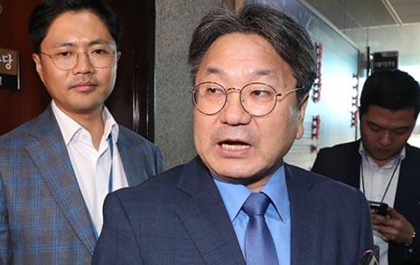 """강기정 청 정무수석 """"사퇴는 조국 장관의 결심이었다"""""""