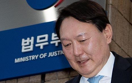 윤석열의 소신과 '임전무퇴'의 끝