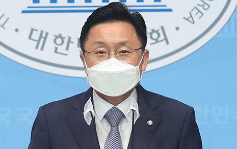 """최인호 """"2032년 대선-총선 동시 실시 개헌하자"""""""