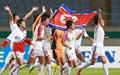 [오마이포토] 금메달에 기뻐하는 북한 여자축구 선수들