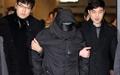 [오마이포토] 압송되는 청와대 폭파 협박 용의자