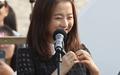 [오마이포토] 부산 팬들에게 하트 날리는 박보영