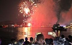 26만 모은 여수 불꽃축제 내년에도 열릴까