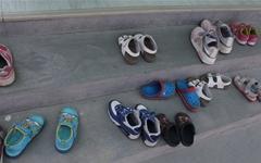 원생 3명 유치원에 신발이 13켤레... 무슨 일이?