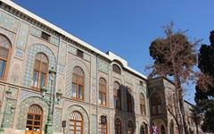 페르시아 건축에 원색을 많이 사용한 이유