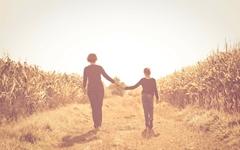 엄마의 사랑, '빚'이 되어 돌아왔다