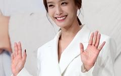 [오마이포토] 박정아, 결혼 뒤 여유 가득한 자태