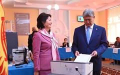 키르기즈스탄, 11명 대통령 후보 놓고 15일 투표