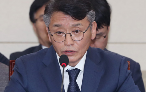 """""""동의할 수 없다""""던  고대영 사장 해임안 가결"""