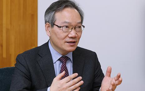 """""""학생이 넘버2, 총장은 넘버3 '공영사학' 제1호로 기록되고 싶다"""""""
