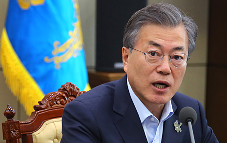 베트남 가는 문 대통령,  한국 기업은 '야반도주'