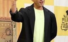 [오마이포토] '현지에서 먹힐까?' 이민우, 홍석천의 오른팔!