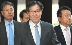 """권오준 포스코 회장 """"그런 것은 없었다""""…외압설 부인"""