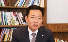 """""""박근혜 섬긴 유정복과 노무현 섬긴 박남춘의 대결"""""""