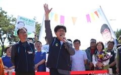 [오마이포토] 가석방된 한상균 전 민주노총 위원장