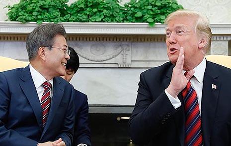 """""""CVID 결정하면 북 정권 안전보장"""" 트럼프, '북핵 일괄타결'서 한발 물러섰다?"""