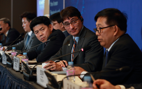 """""""북-미, 이렇게 우아하게 싸우다니"""" 전문가들 반응"""