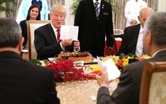 """백악관 """"트럼프, 12일 오후 8시 미국으로 출발"""""""