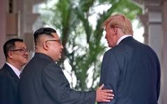 """트럼프 """"엄청난 성공을 기대한다"""" 김정은 """"모든 것 이겨내고 여기 왔다"""""""