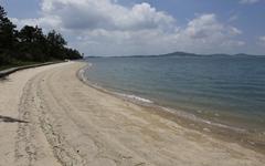 슈퍼도 식당도 없다, 온새미로의 섬