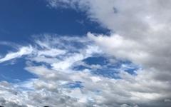 [사진] 태풍 솔릭이 남긴 선물, 어린시절 그 하늘