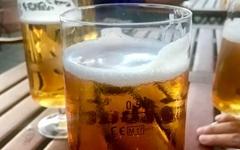 독일 맥주컵에는 있고 우리나라 맥주컵에는 없는 것