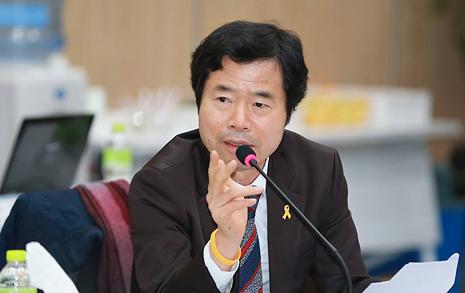 '초등생 3시 동시하교'안... 교육감협서도 설명 거부당했다