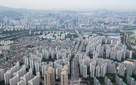 '세금인상-공급확대' 노무현의 실패, 문재인은 극복할까?