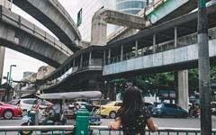 태국여성에겐 군부도, 민주화 진영도 모두 위험하다