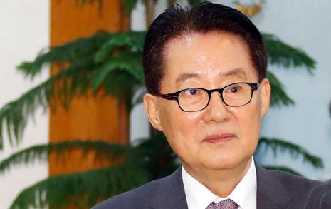 """평양 가는 박지원 """"경제인 동반 방북? 잘했다"""""""