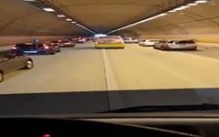 119 구급차 보자 '꽉 막힌 고속도로' 열어준 시민들