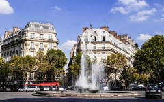 파리에서의 한 달, 3평 지하방 숙소가 남긴 것