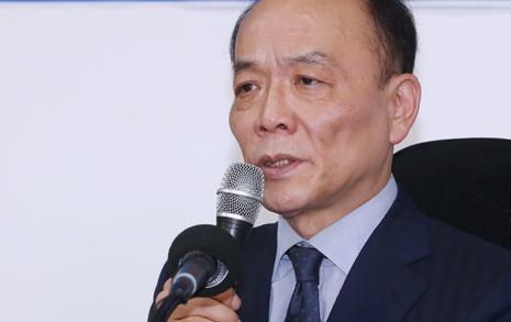 """싱겁게 끝낸 전원책  """"보수 재건 꿈 사라졌다"""""""
