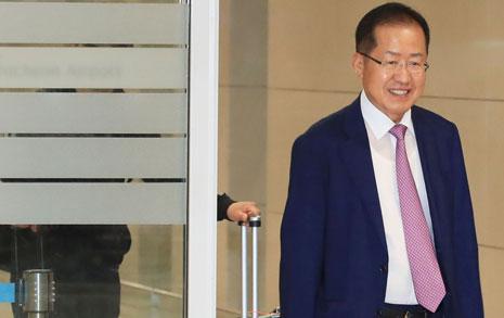 """""""홍준표는 여당 도우미""""  야3당의 조롱 논평"""