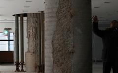 기둥 부서지고... 삼성동 오피스텔, 붕괴위험에 주민 대피