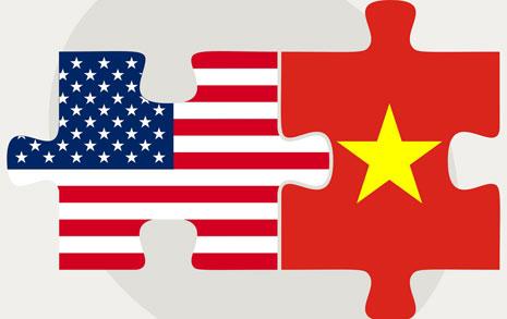 베트남 구애에 쌀쌀맞던 미국, 마음 바꾼 이유