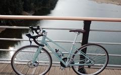 예쁘다고 해줘, 나 말고 자전거