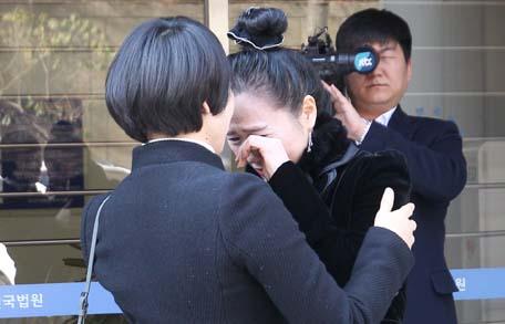 '윤창호 사건' 가해자 1심 징역 6년, 유족 반발