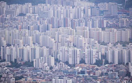 서울 아파트 매매가와  전세가는 폭락중인가