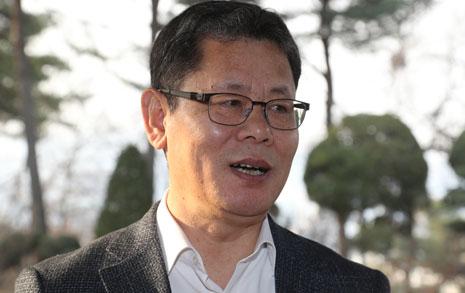 국회 외통위원께 김연철 '70년의 대화'를 권합니다
