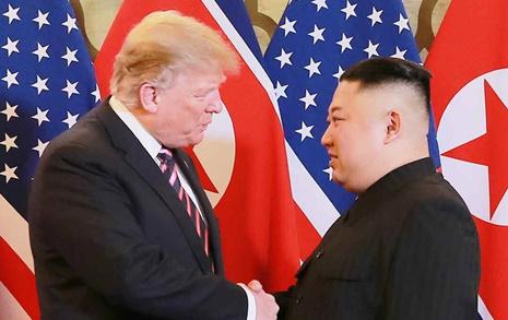 트럼프 '대북제재 강화' 일축... 북미대화 지속 의사