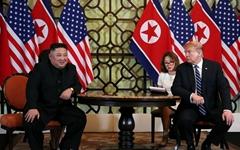 """""""트럼프, 하노이서 김정은에 5개항 합의안 제시... 북한 반발로 결렬"""""""