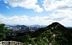 어제 서울 하늘 보셨나요? 못 보셨다면 클릭