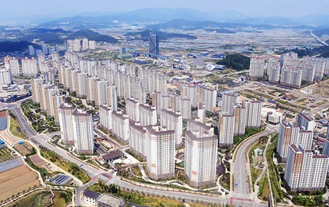 '복제 도시'에 살 것인가, '원본 도시'를 만들 것인가
