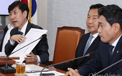 """또 맹폭 당한 손학규... 하태경 """"나이 들면 정신 퇴락"""""""