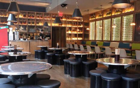 뉴욕에서 간판 없이 장사하는 한국 술집의 패기