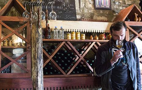 조지아 여행에서 와인은 선택이 아닌 필수다