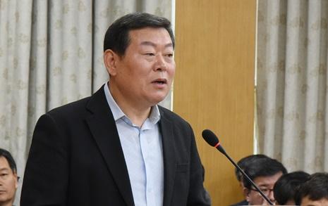 """'막말' 복지재단 대표 """"조직파괴자 처절하게 응징"""""""